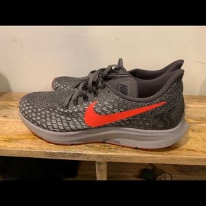 Great condition size 12 men's Nike shoes